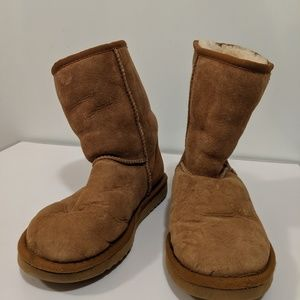 Brown Ugg Boots Ankle Booties Size 7 Tan